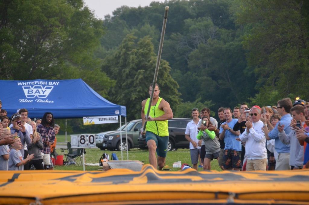 Image of Mark Hollis at take off.